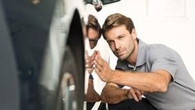Tvätta bilen