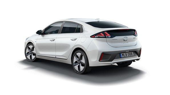 120979 Hyundai KONA IONIQ Hybrid Website 1440X810 4