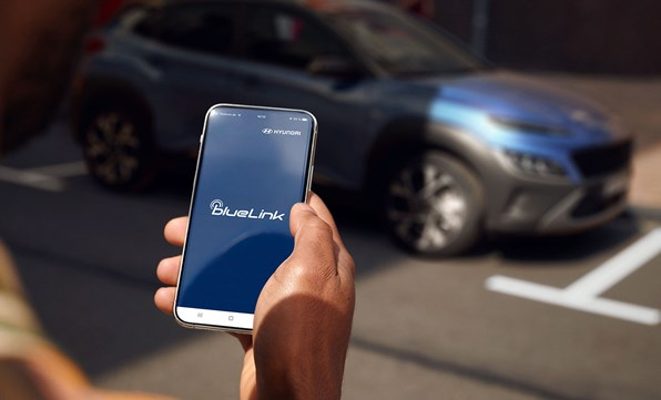 Håll dig uppkopplad mot din bil via din mobiltelefon
